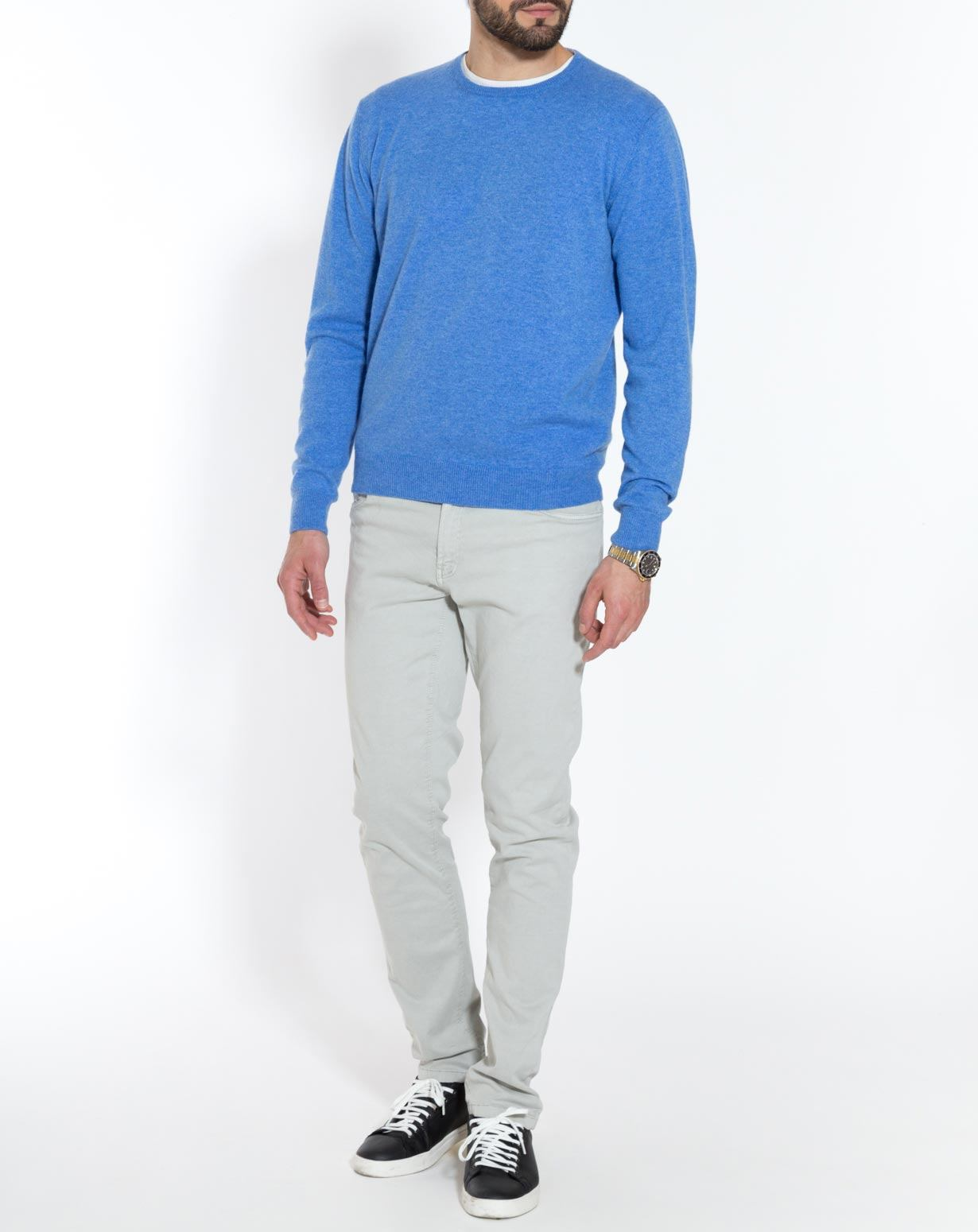 how to wear a crew neck sweater men