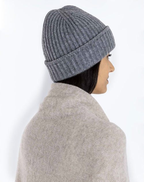 4a05f3c549619 Women s Cashmere Hats - Our collection