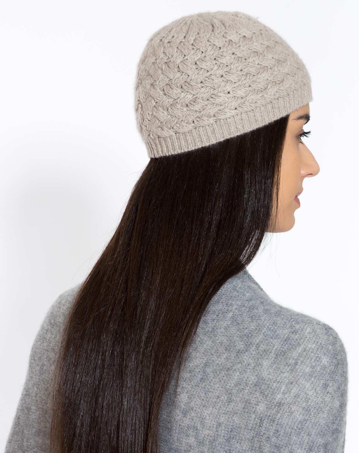 Mütze Zopfmuster in Cashmere